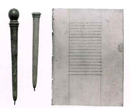 Stilo medievale in osso